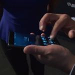 Le CEO de Blackberry John Chen présente le Blackberry Priv (Venise)