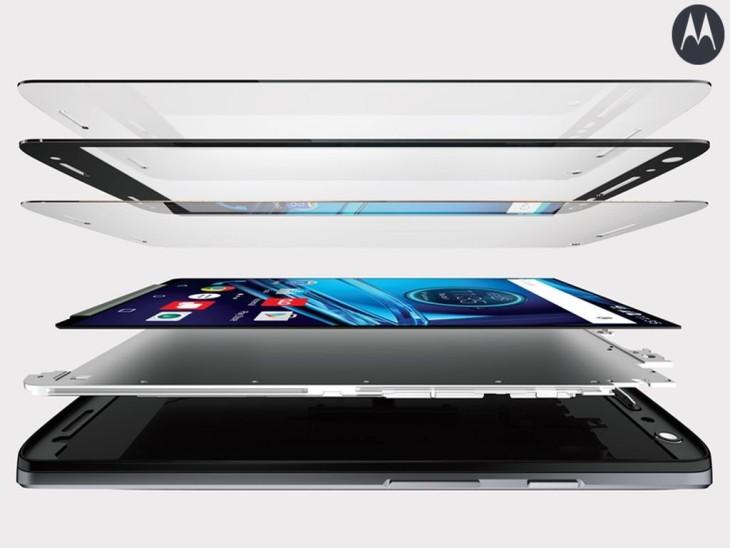 Motorola Droid Turbo 2 : un écran incassable grâce à la technologie ShatterShield