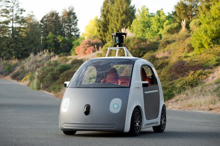 Google va créer une nouvelle société pour sa voiture autonome